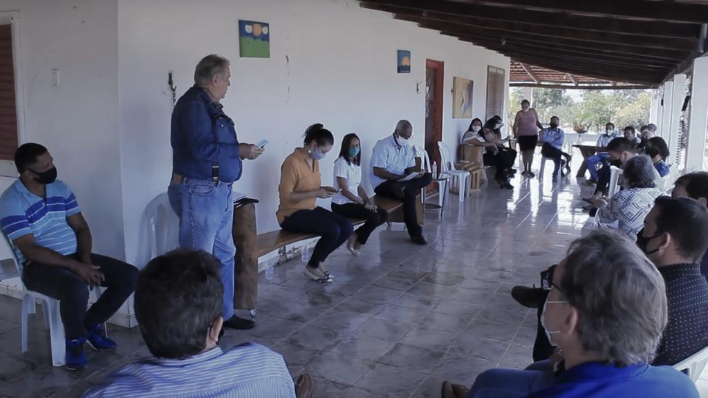 Promoção do cultivo de frutas é tema de reunião importante em Buritis